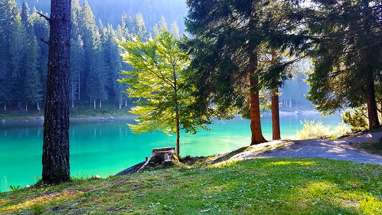 Caumasee im Grosswald Flims